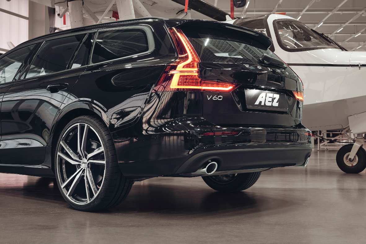 AEZ North dark Volvo V60_imagepic05