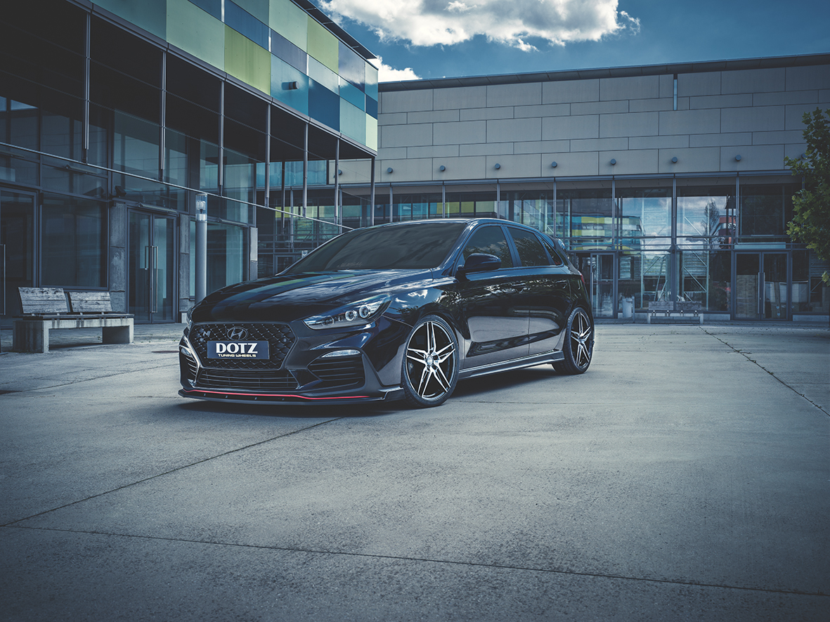 Interlagos dark Hyundai i30N_imagepic01